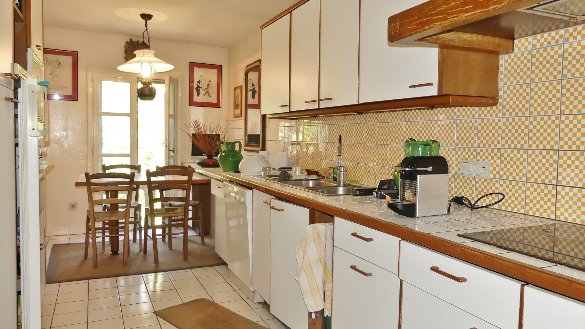 Appartement cossu de 184 m² avec Ascenseur - Avignon intra-muros 5/7