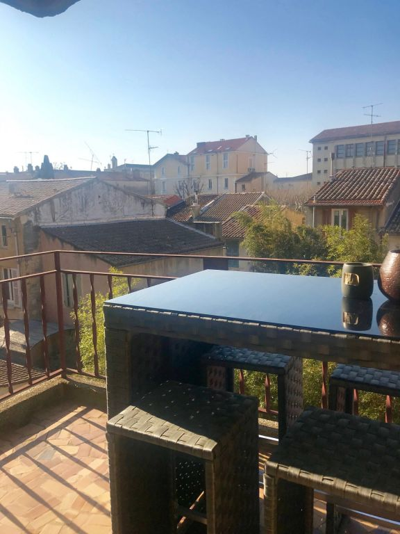 Appartement standing avec terrasse et parking - Avignon